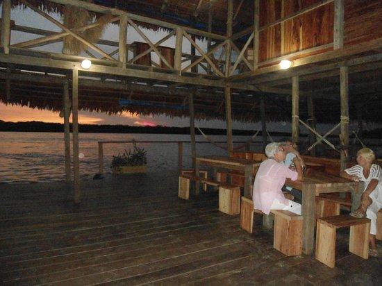 Kurupira Floating Cabin Amazonas : Atardecer