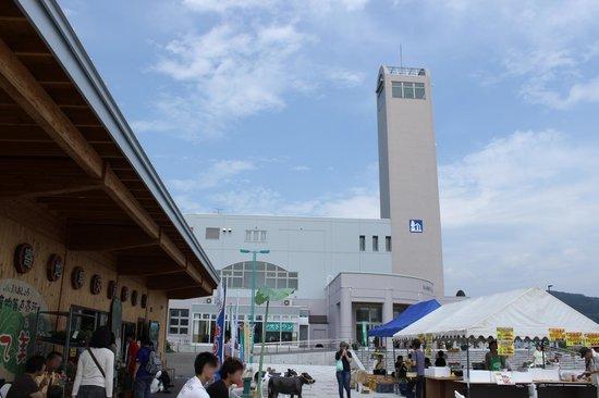 Michi-no-Eki Ashoro Ginga Hall 21: 建物