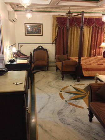 Umaid Bhawan Heritage House Hotel: Suite 2