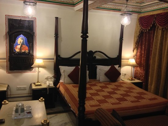 Umaid Bhawan Heritage House Hotel: Suite
