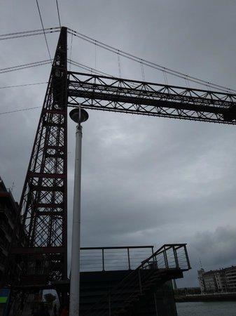 Vizcaya Bridge : 何故、これが必要なのか・・・分からんが、面白い!!