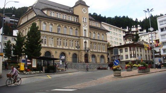 Crystal Hotel: Area central da cidade