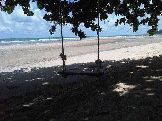 Noren Resort: Walking along Klongprao beach