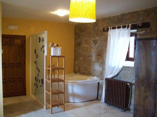 Manjabálago, España: suite con jacuzzi
