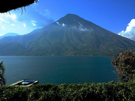 Santiago Atitlan, Guatemala : View of volcano from top of the restaurant
