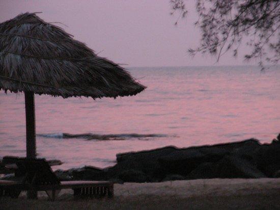Mango Bay Resort: Beautiful sunsets