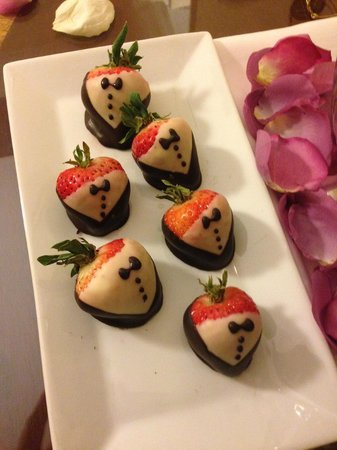 The Townsend Hotel: Decorated chocolate strawberries a gift from family in our room upon arrival