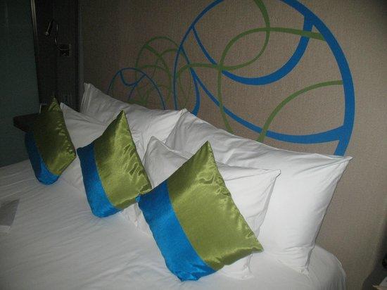 Novotel Bangkok Ploenchit Sukhumvit : Bed