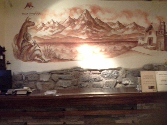 Apu Huascaran Hostal : Recepção