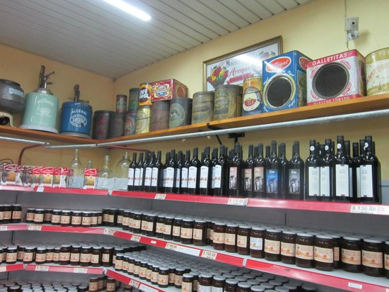 Granja Colonia: Bottle collection