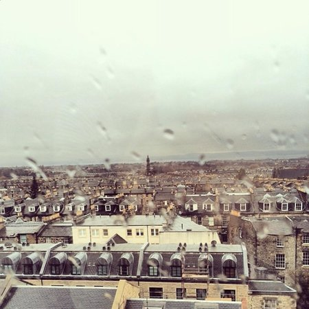 The Place : Rainy Edinburgh