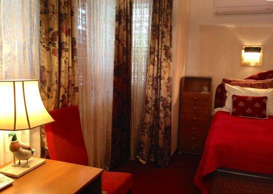 Halvat Guesthouse: Room 24