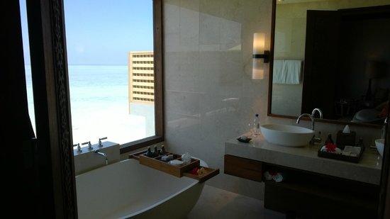 Anantara VeliMaldivesResort: Bathroom
