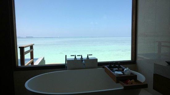 Anantara VeliMaldivesResort: View from the bathroom