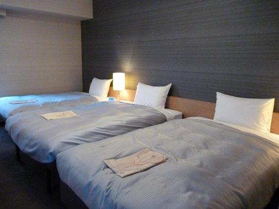 Hotel Resol Hakata : 角部屋