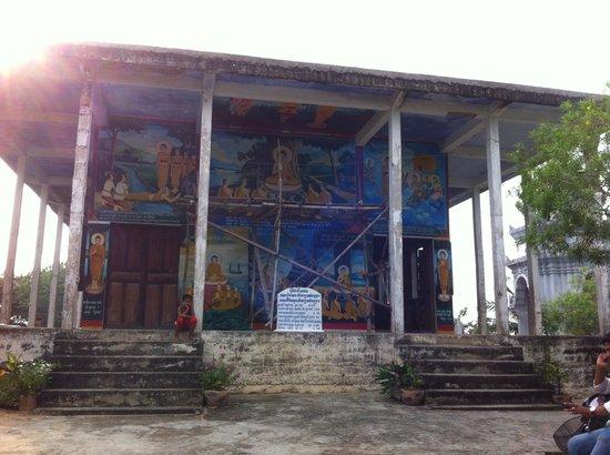 Phnom Sampeau: Temple1