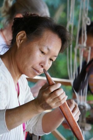 Ock Pop Tok Living Crafts Centre: Expert weaver and a great teacher