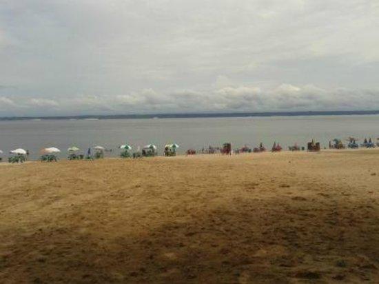 Iranduba: Praia do Açutuba - Há 200 metros da Pousada