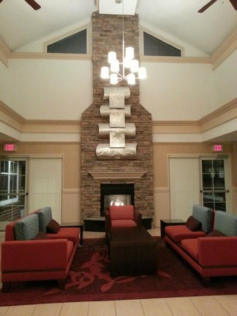 Residence Inn Poughkeepsie: hearth room