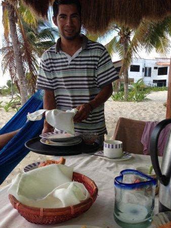 Eco Cabanas Pirata Morgan : Carlos the Kind