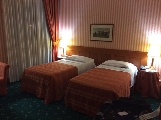 UNA Golf Hotel Cavaglia: Two single beds