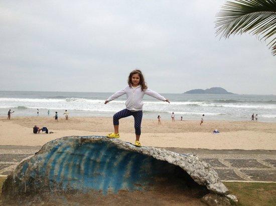 Tombo beach: calçadão Praia do Tombo