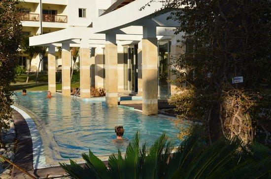 Barut Lara: Спа салон с бассейном с морской водой и подогревом