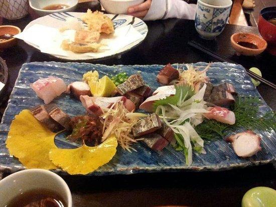 Toyotsune : Sashimi platter