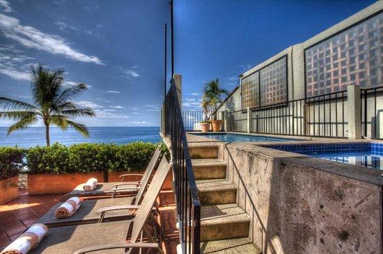 Casa Tres Vidas: Vida Sol Pool & View