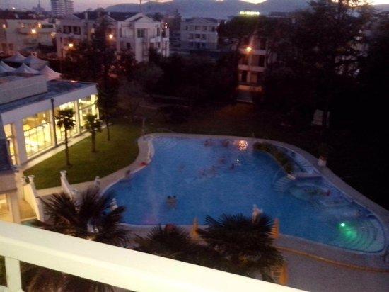 Hotel Terme Helvetia : vista dal balcone