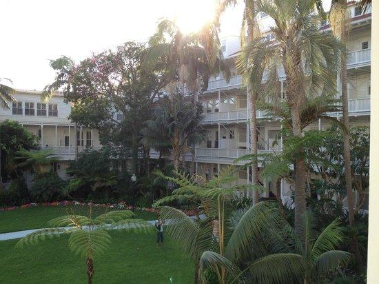 Hotel del Coronado : Courtyard