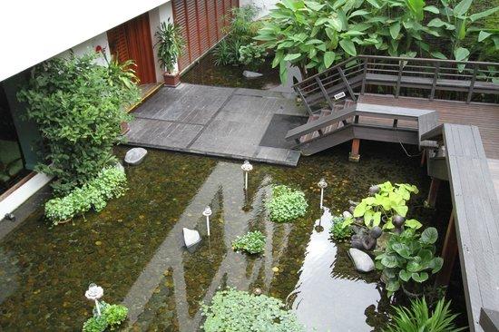 Ratilanna Riverside Spa Resort Chiang Mai : Beautiful grounds