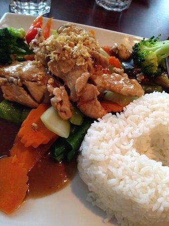 Thai Silom Broadbeach: $9,90 PAD KRA-TIEM Stir-fry
