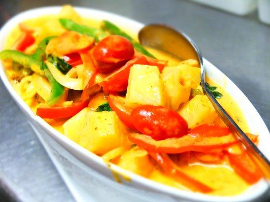 Duck Salad Picture Of Little Thai Kitchen Greenwich Tripadvisor