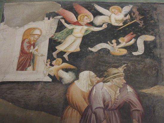 Cappella Domenicani: Frescoes