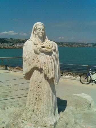 Monumento al gabbiano Jonathan: Madonna dell mare
