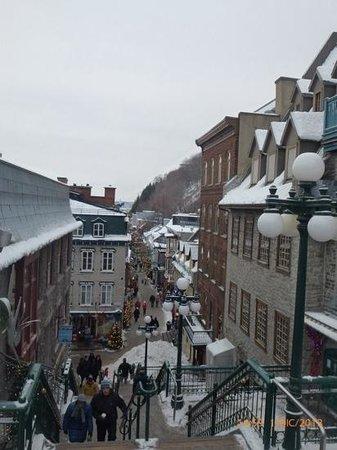 Quartier Petit Champlain : Calle Pictoresca
