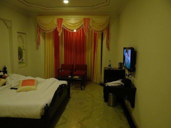 Bhairav Garh Palace : Super Deluxe Room