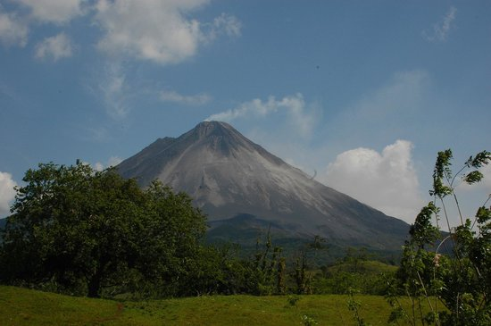 Absolute Experts Costa Rica- Private Day Tours : Arenal Hiking