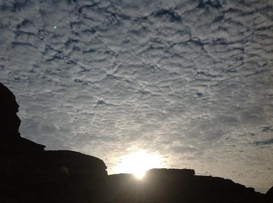 Wadi Rum Green Desert: sun rise