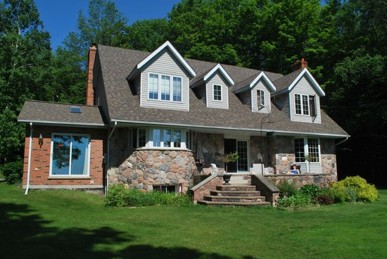 Beacon Shore Bed & Breakfast: Beacon Shore