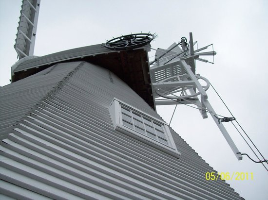 Union Mill: Windmill Cap from 'balcony'