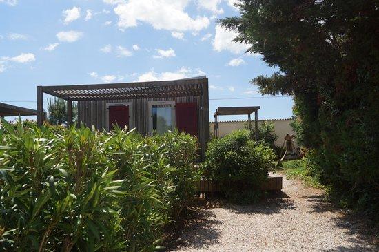 Camping Domaine de la Dragonniere : vip cottage 4-5 persone