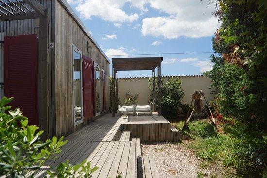 Camping Domaine de la Dragonniere : vip cottage