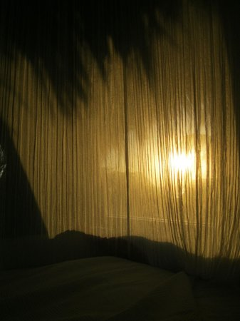 Luv Tulum: There are curtains if you don't want the sun to wake you up ;)