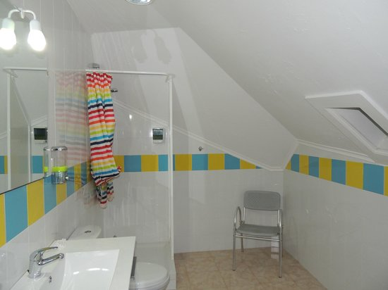 Go Hostel Lisbon: Salle de bain/Toilettes