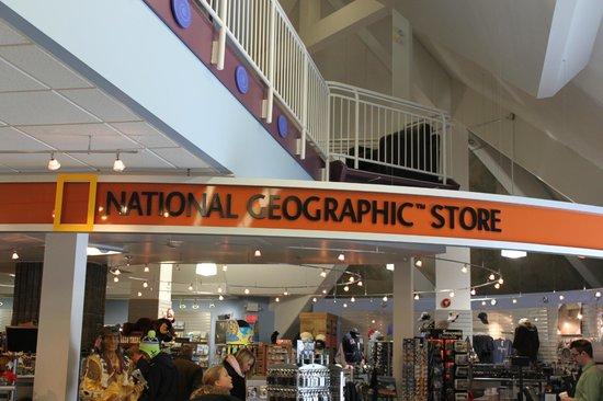 IMAX Theatre Niagara Falls : National Geographic Store