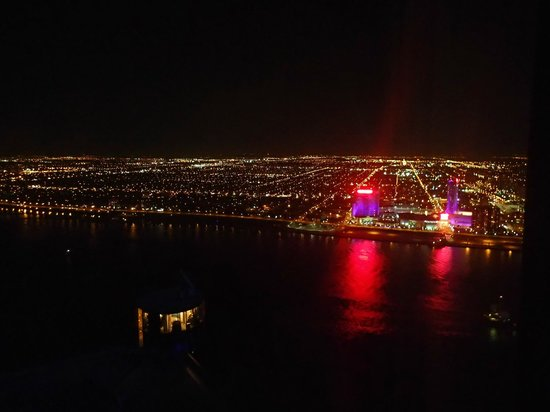 Detroit Marriott at the Renaissance Center: View from 64th floor (night)