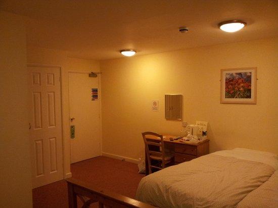 The Cock Inn: Room 6
