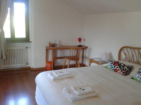 LuganoBella Bed&Breakfast : Camera Cavalieri Erranti